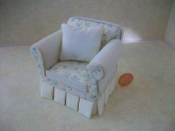 Shabby Chic Chair - Yellows LE
