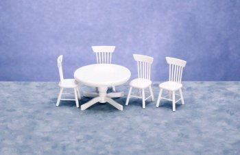 Round Table & chairs - White