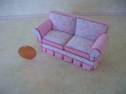 "1/2"" scale Shabby Chic Sofa"