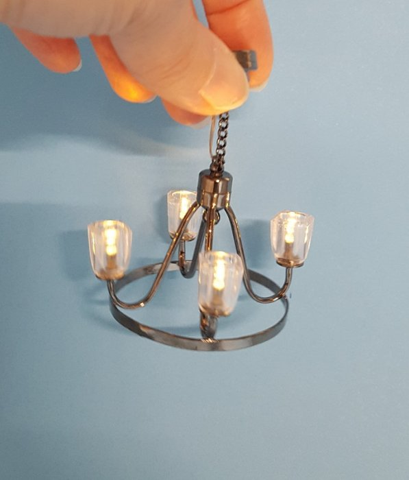 Pewter Wagon Wheel Chandelier b - Click Image to Close