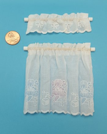 Embossed Doll Cafe Curtain