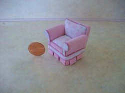 "1/2"" scale Shabby Chic Chair"