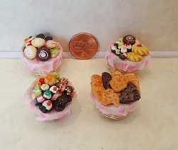 Cookie Basket (Assorted Styles)