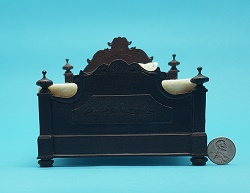 Carved Victorian Bed - Walnut - Click Image to Close