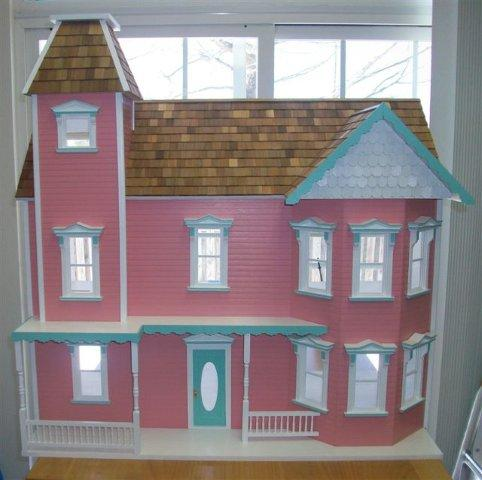 Dollhouse Kits & Displays